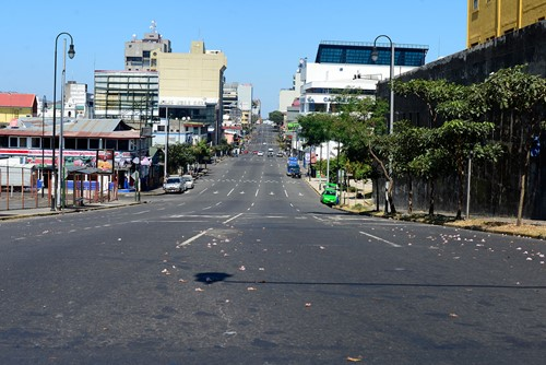 San José city empty in Holy Week. Photo from The Tico Times